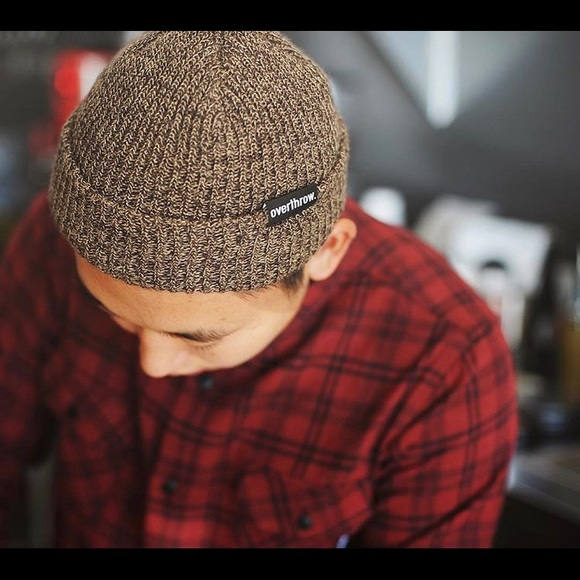 """overthrow Other - Overthrow """"Scoundrel"""" beanie in Maple Mars NEW"""